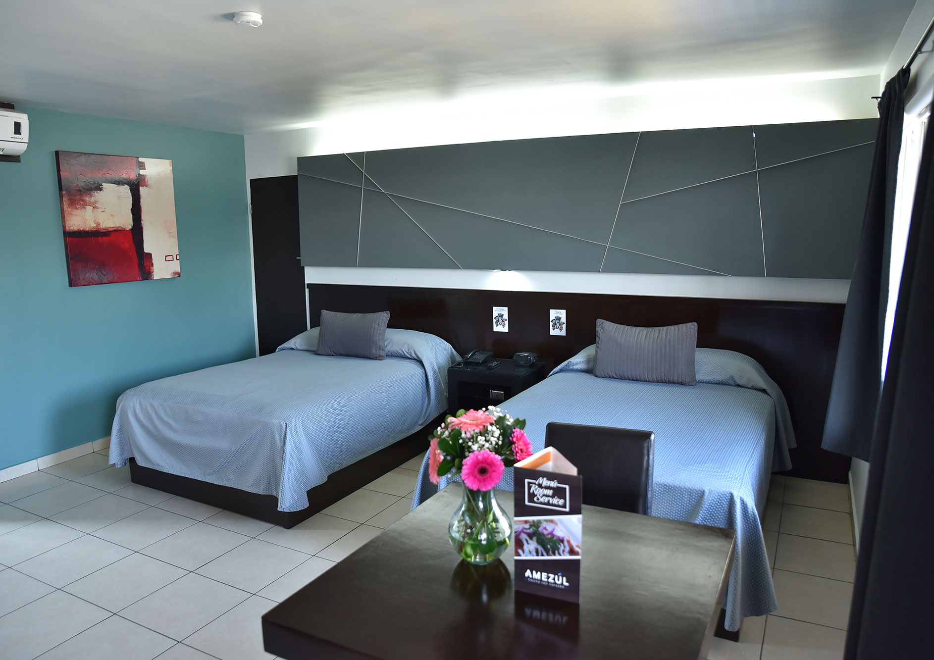 habitacion dos camas hotel la mesa