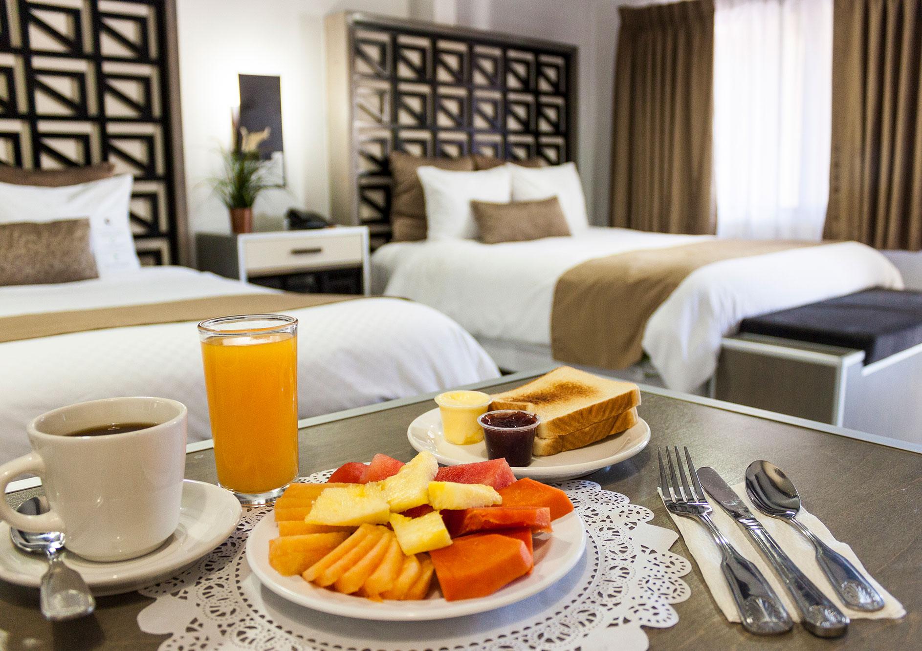 desayuno continental hotel hacienda del rio tijuana